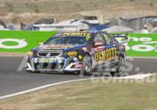 17703 - David Reynolds & Luke Youlden Holden Commodore VF - Bathust 1000 - 2017