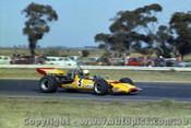 72645 - K. Bartlett McLaren M10b - Calder 1972