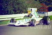 77128 - John Leffler, Lola T400 - Sandown 11th November 1977 - Photographer Keith Midgley