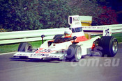 77131 - Johnnie Walker, Lola T332 - Sandown 11th November 1977 - Photographer Keith Midgley