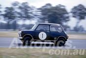 61021 - Ian Geoghegan, Morris 850 - Warwick Farm 1961 - Photographer Peter Wilson