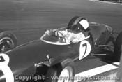62520 - Stirling Moss Lotus 21 Climax  - Sandown 1962