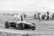 63509 - R. Tresise Lotus 18 - Calder 1963