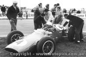 63514 -  L. Davison Cooper Climax  Winner of the Victorian Trophy Race Calder 1963