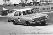 66017 - M. Savva Holden X2 - Bathurst Easter 1966
