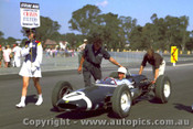 62524 - Stirling Moss Lotus 21 Climax  - Sandown 1962