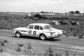 62720 - Croft / Gillespie - Chrysler Valiant - Armstrong 500 - Phillip Island 1962