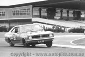 69051 - T. Robertson / G. Blanchard  Holden Monaro GTS 350 - Sandown 1969