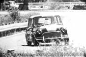 68173 - M. Lambert - Morris Cooper S - Warwick Farm 1968