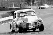 69054 - David Birks - Morris Minor Peugout - Warwick Farm 1969