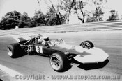 71626 - M. Hailwood - Surtees TS8 chev V8  - AGP  Warwick Farm 1971