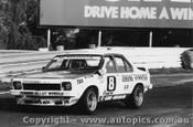 76035 - C. OBrien - Holden Torana SLR 5000 L34 - Sandown 1976