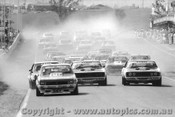 77742  -  Start of  Bathurst 1977 - Brock & Grice Torana A9X Moffat & Bond Ford Falcon