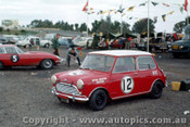 63005 - Peter Manton Morris Cooper - Sandown 1963