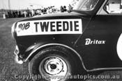 68081 - R. Tweedie Morris Cooper S - Oran Park September 1968