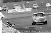 70742  -  A. Olsen / L. Keefe Morris Cooper S -   Bathurst  1970