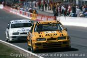 88749  -  T. Longhurst / T. Mezera  - A. Moffat / G. Hansford -  Bathurst 1988 - 1st Outright - Ford Sierra RS500