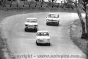 64733  - W. Stanley / S. Harvey  -  Morris 850 -  Bathurst 1964