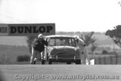 65727 - R. Clark / J. Prisk  Morris Cooper -  Bathurst 1965