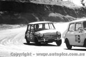 65733 - P. Cray / D. Holland -  Morris Cooper  - Bathurst 1965