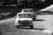 65734 -P. Taylor / T. Egan -  Morris Mini Deluxe - Bathurst 1965