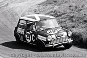 68751 - M. Brewster / D. Cooke - Morris Cooper S  - Bathurst 1968