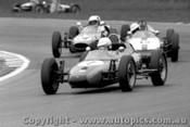69546 - G. Machie Elfin Formula Vee / V. Hall Rennmax Vee / M. Miller Roadrunner Vee - Warwick Farm 7/12/1969