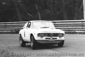 66042 - Frank Gardner Alfa Romeo GTA - Sandown 4/12/1966