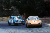 69076 - A. Hamilton Porsche - P.  Manton  Morris Cooper S  - Hume Weir 28th December 1969 - Photographer Jeff Nield