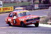 70762 - M. Stewrat / R. Young  Toyota Corolla 1200  -   Bathurst  1970 - Photographer Jeff Nield