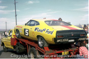 74086 - John Goss Ford Falcon XA and Transporter - Adelade International Raceway 1974 - Photographer Peter Green