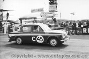 60712 - H. Firth / J. Reaburn Singer Gazelle -  Armstrong 500 Phillip Island 1960