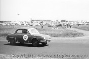 60716 - D. West / Ian  Pete  Geoghegan  - Renault Dauphine  Armstrong 500 Phillip Island 1960