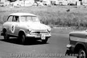 60719 - K. Lott / G. Petty  - Lloyde Alexander TS -   Armstrong 500 Phillip Island 1960
