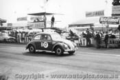 60724 - E. Perkins / G. Reynolds Volkswagen  -   Armstrong 500 Phillip Island 1960