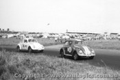 60726 - D. McKay / G. Cusack and K. Orram / M. McPherson Volkswagen  -   Armstrong 500 Phillip Island 1960