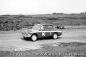 62730 - W. Nalder / J. Fish - Hillman Minx  -  Armstrong 500 - Phillip Island 1962