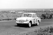 62731 - I. Wells / D. Dunoon  - Hillman Minx  -  Armstrong 500 - Phillip Island 1962
