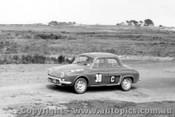 62734 - R. Emmett / J. Connolly / B. Sampson  Renault Gordini - Armstrong 500 - Phillip Island 1962