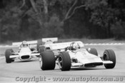 70632 - David Walker Lotus 70 Ford V8 - AGP  Warwick Farm 22nd November 1970