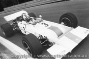 70633 - David Walker Lotus 70 Ford V8 - AGP  Warwick Farm 22nd November 1970