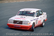86018 - Robbie Francevic  Volvo 240 Turbo  - Symmons Plains 1986