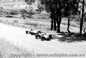 63523 - A. Rose Dalro Jaguar / L. Geoghegan Lotus 22 - Bathurst 15th April 1963 - Photographer Bob Collinson