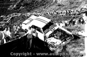 65065 - Bob Jane  Ford Mustang  Catalina Park Katoomba 7th November 1965 - Photographer Lance Ruting
