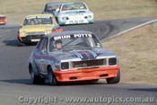 76049 - Brian Potts Torana V8 /  Garry Rogers Escort - Oran Park 1976 - Photographer Lance  Ruting.