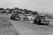 63011 - G. Courtney - J. Peebles - Norm Beechey Holden FX - Calder 20th January 1963 - Photographer Peter D Abbs