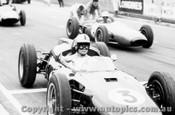 63531 - J. Palmer - Cooper - Sandown International -  11th  March 1963 - Photographer Peter D Abbs