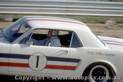 65067 - Ian  Pete  Geoghegan Ford Mustang -  Lakeside  1965 - Photographer John Stanley