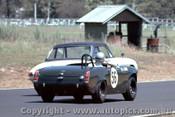 68466 - L. Carne / D. Chivas Alfa Romeo Spider - Warwick Farm 1968 - Photographer Richard Austin