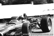 68567 - P. Rodriguz -  BRM V12 - Sandown Tasman Series 1968 - Photographer David Blanch